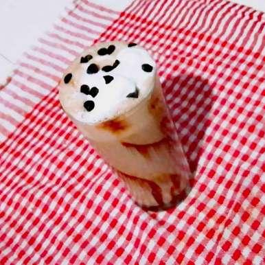 Photo of Chocolate Icecream Milk Shake by Antara Chakraborty at BetterButter