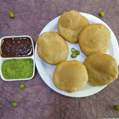 Photo of Green chickpeas kachori by Dr.Kamal Thakkar at BetterButter